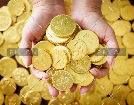 demo-attachment-80-golden-chocolate-coins-PK4HX6B